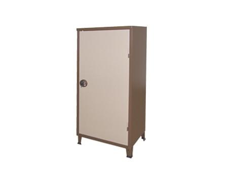 דלת אחת ארון